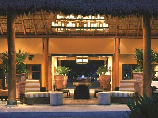 Fairmont Heritage Place Acapulco Diamante: Exterior