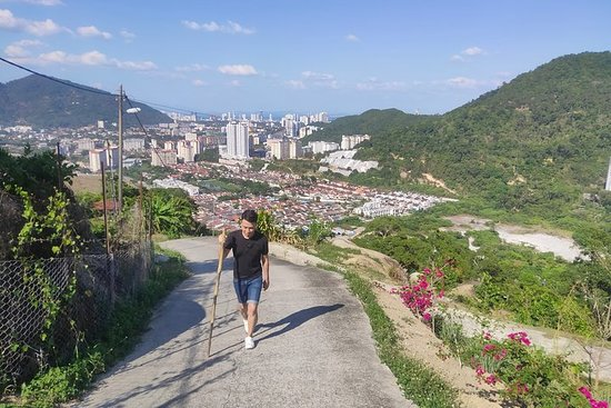 Air Itam Secret Hiking Spot with...