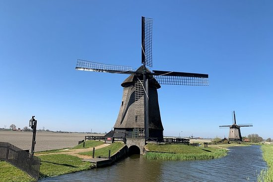 Private Hidden Gems Tour: visit 5 unforgettable places from Amsterdam