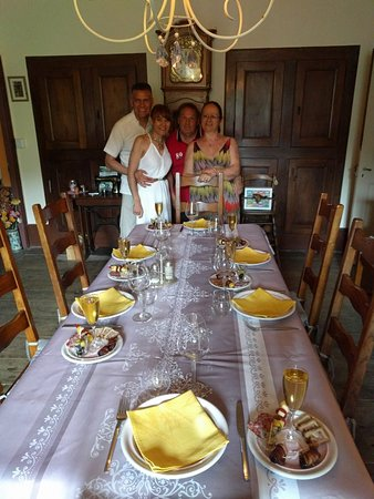 Wedding at Chateau D'Urbilhac