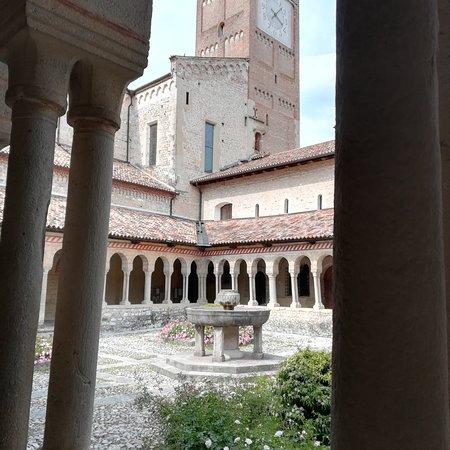 Abbazia di Follina! Altro Borgo storico! Le bellezze dell'Italia! 😍