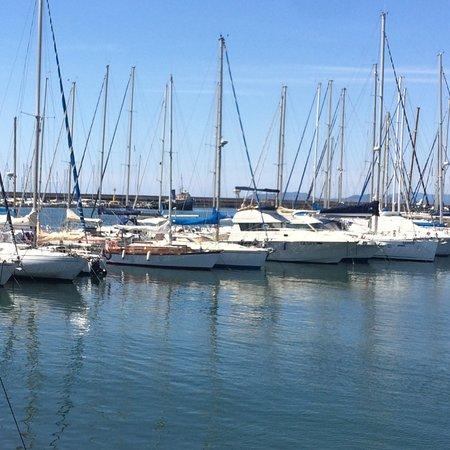 Cagliari porticciolo lega navale