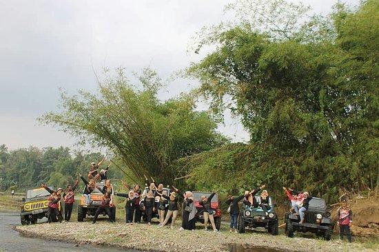 Jeep Parang Menoreh Adventure Borobudur