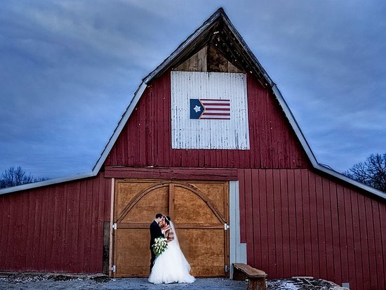 Wedding Barn / Chapel