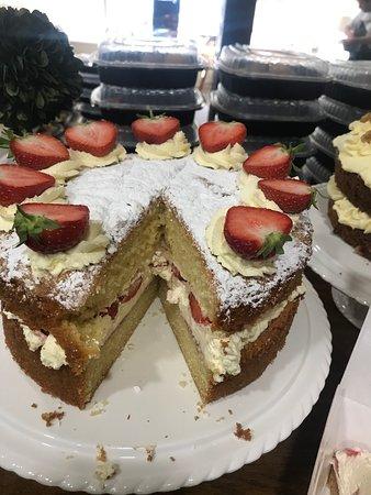 Victoria sponge cake 😋