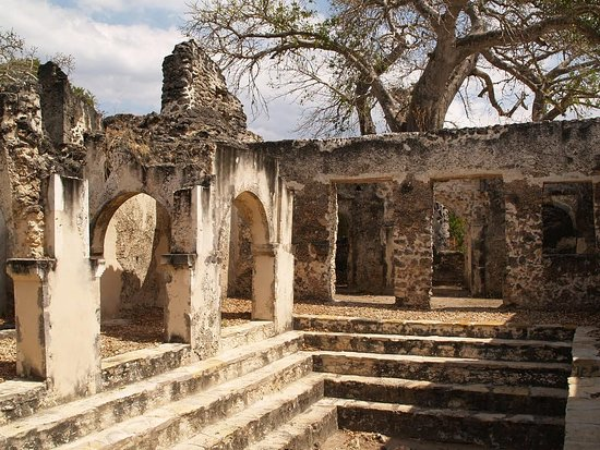 Kilwa Kisiwani Island, Tanzánia: Sultan Palace in Kilwa was built since 15 century by Prince Ali Hasaan bin Suleiman. Here Sultan lived with his family.