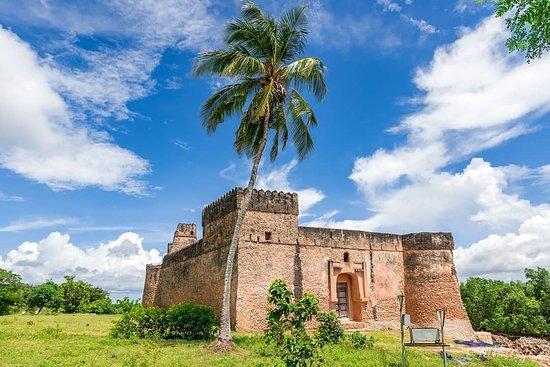 Kilwa Kisiwani Island, Tanzánia: Great fort of Kilwa Kisiwani was built by Portuguese in 1505 and was the first stone fort built by Portuguese along the East Coast of Africa.