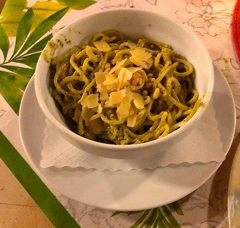 Die Spaghetti als Beilage