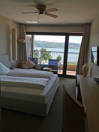 Zimmer mit direktem Seeblick