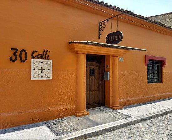 Galería de arte y mobiliario ubicado en el corazón de Ajijic