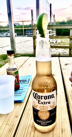 Tortugas' Lie Shellfish Bar