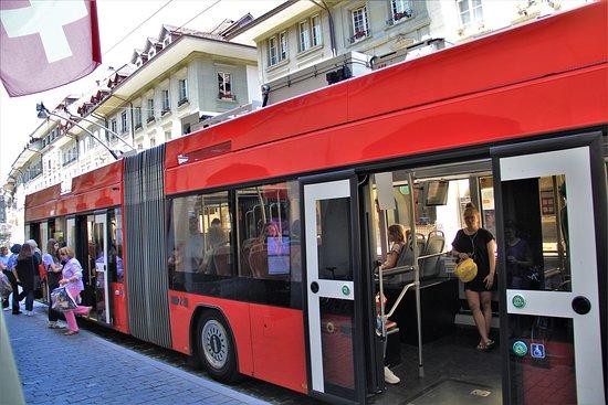 Bang Bern, Thụy Sỹ: Berna, i caratteristici bus e....………..l'interno………..  2  Giugno 2020