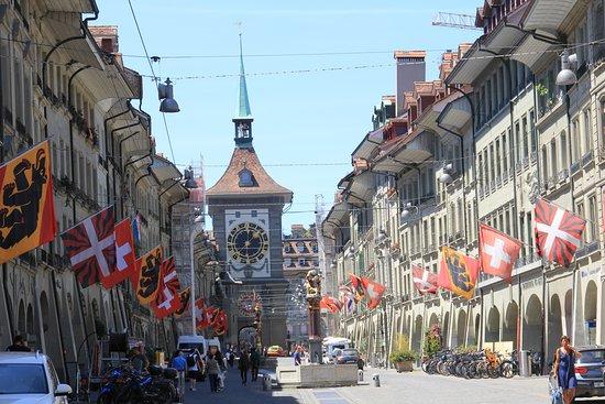 Bang Bern, Thụy Sỹ: Berna.    2 Giugno 2020