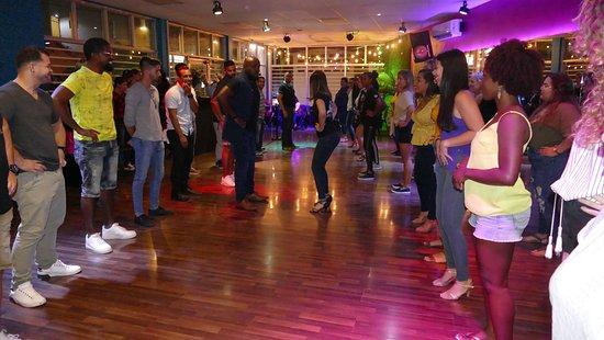 ArubaSalsa Dance Company