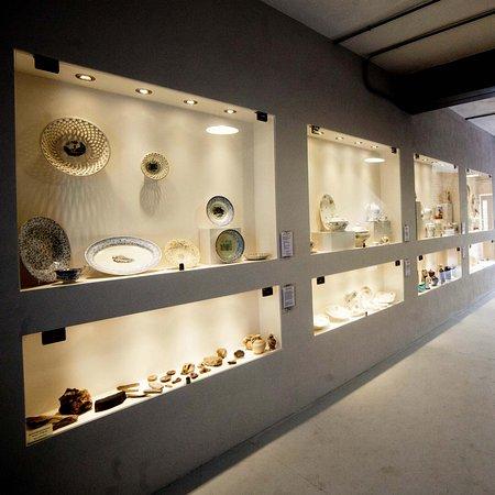 Cmielow, Polonia: Wystawa Starej Porcelany
