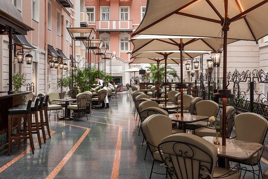 "Кафе ""Мезонин"" Гранд Отеля Европа, Санкт-Петербург - фото ресторана -  Tripadvisor"