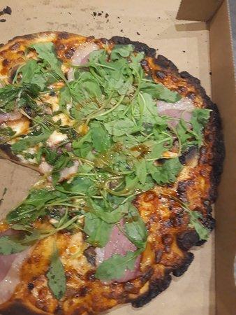pizza brûlée !