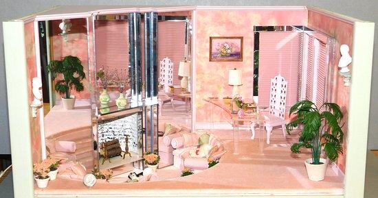 Sunken living room by Emma Rogers