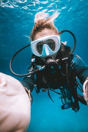 Paz estar bajo el agua!