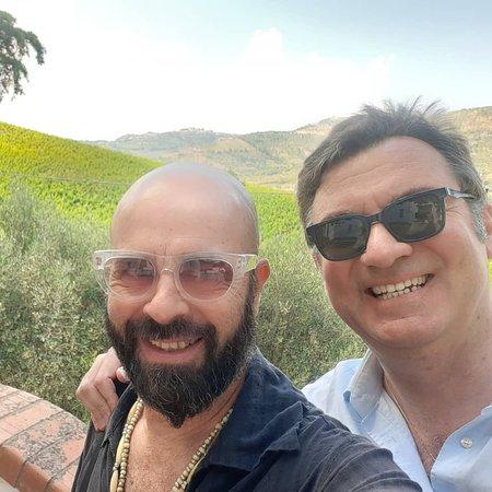 Il primo incontro con l'azienda vinicola Paolo Verrone, produttore di gran vini di Aglianico e Fiano.