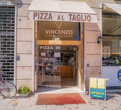 Pizzeria Da Vincenzo, Piazza Nogara 2, Verona