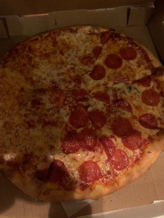 Nino's Italian Restaurant Pizza
