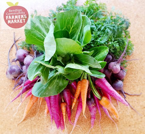 Bendigo, Australia: Huntly Organics produce as a beautiful bouquet
