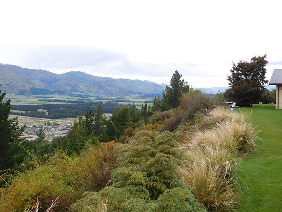 Albert Town, Nueva Zelanda: The township can be seen below.