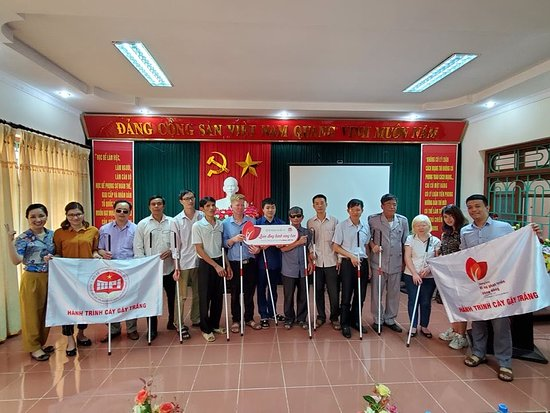 """White cane program"" for the blind people in Ninh Binh province on May 23, 2020"