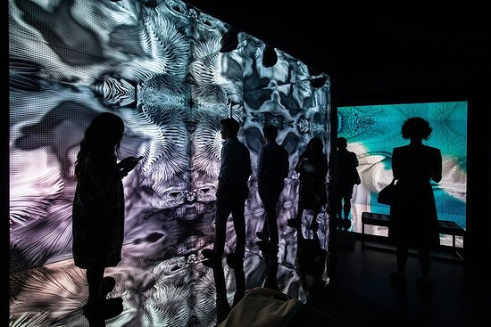 Infinite Space by Refik Anadol on view at ARTECHOUSE Miami in 2020