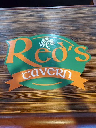 Imperial, MO: Red's Tavern