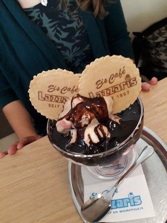 Bobingen, Saksa: Eiscafe Lazzaris