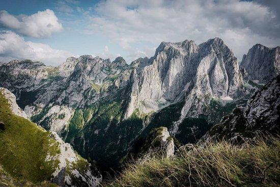 Lëpushë, Албания: Bjeshket e Namuna