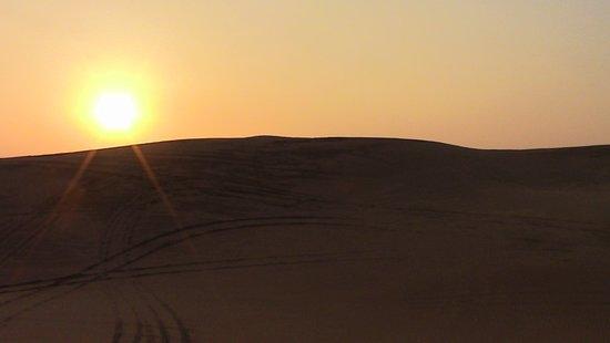 사하라 아랍 사막의 저녁 식사, 두바이에서의 교통편 경험 사진