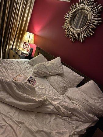 Кровать действительно большая))) как заявлено.