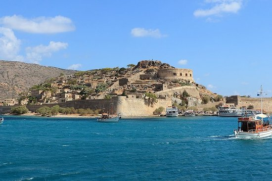 Explore Knossos and Free Time in...