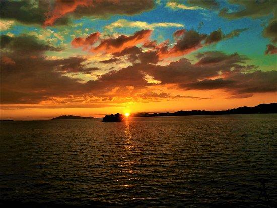 Shimane Prefecture, Japan: Sunset at Shinjiko Lake ☀☀☀