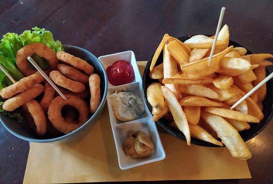 Anelli di cipolla e patatine Fry'n dip