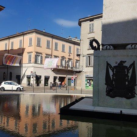 Obelisco di Piazza Gioberti