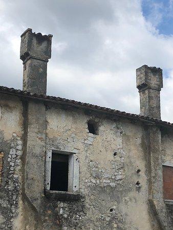 Scorci di Porte Carraie  - Comignoli - aperture ....