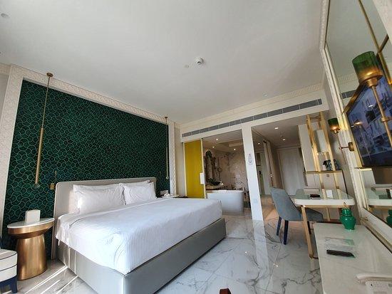 AMAZING .BEST HOTEL IN UAE