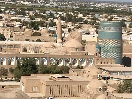 Uzbekistan: Citadelle de Khiva en Ouzbékistan ! https://www.google.com/search?q=Raj+Accompagnateur&oq=raj&aqs=chrome.