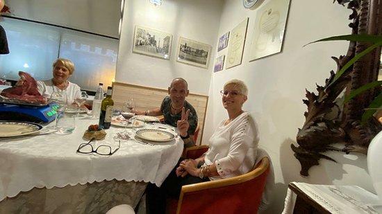Per me è il ristorante per mangiare la  veda bistecca Fiorentina. Ottimo servizio e cordialità