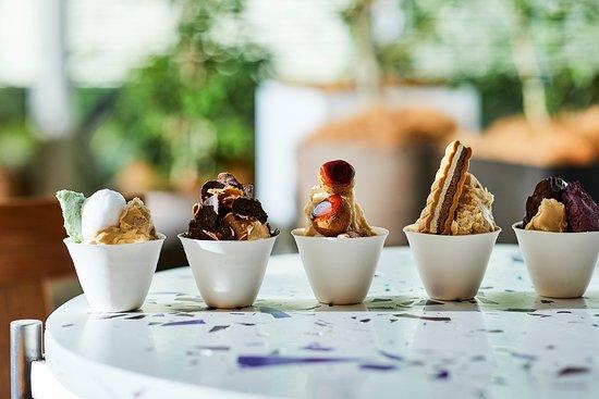 Gelato Parfam  botanical vanilla / chocolate / kaffir lime / basil,avocado / smoked figs