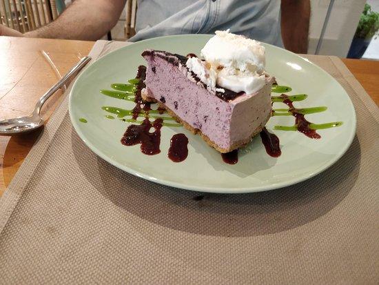 pastel arandanos