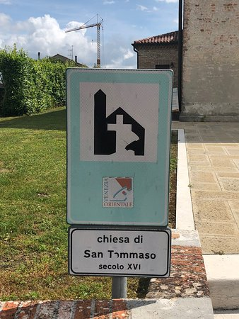Gruaro, إيطاليا: Cartello turistico .