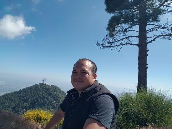 Sierra Madre, CA: JUST ENJOY NATURE