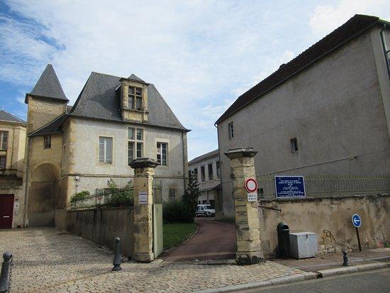 Petit Chateau la Gloriette