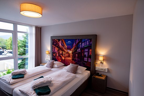 Gengenbach, ألمانيا: Erholsamer Schlaf ist in unseren neuen Betten der Junior-Suite garantiert!