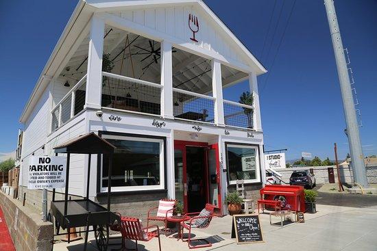 Livermore, CA: Feast it Forward Wine Collective